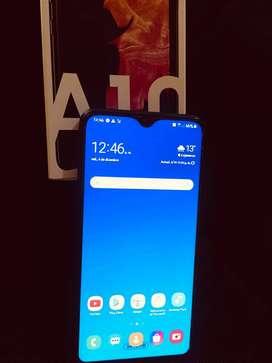 Samsung a10.