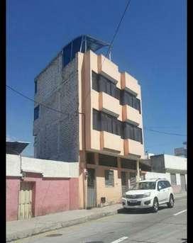 De OPORTUNIDAD se vende propiedad en el centro de Ambato.