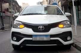 Toyota Etios 2018 XLS Manual 30000 km Como Nuevo