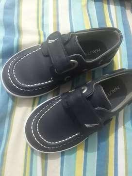 Zapatos nautica orijinal talla 24 solo una postura