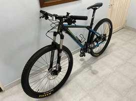 Se vende bicicleta GT talla M