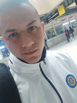 Busco empleo vivo en Medellín centro (minorista)