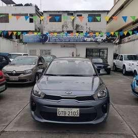 KIA RIO Color Plomo