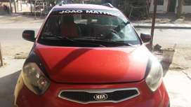 Vendo Kia Picanto motor reparado con gas de 5 generación. Pantalla táctil y tapizado abstenerse revendedores