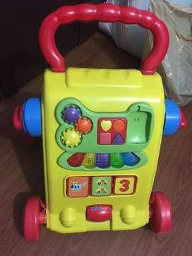 Se vende hermoso juguete caminador