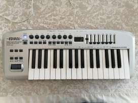 Controlador piano teclado midi Edirol Roland