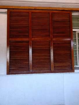 2 Mamparas corredizas de madera