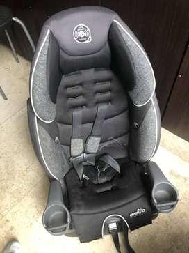 silla para carro como nueva marca Evenflo