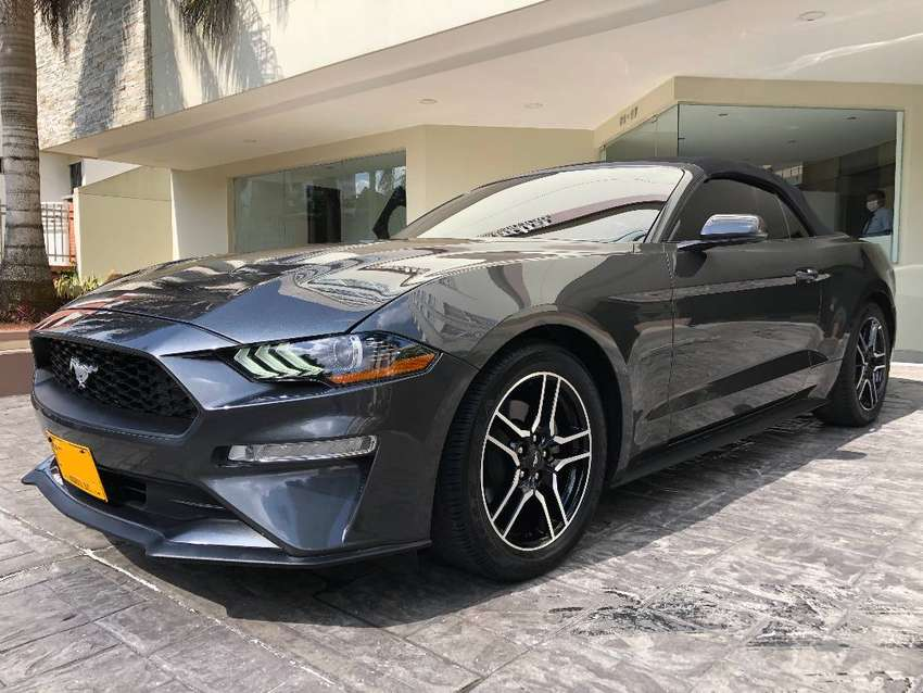 Ford Mustang 2.3L EcoBoost Convertible 0