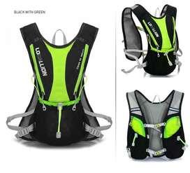 Morral hidratación ciclismo negro verde + bolsa 2 litros.