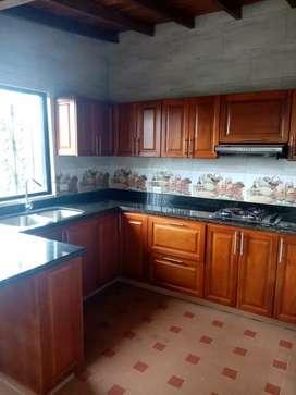 Arriendo casa en Santa Elena / Cod 1083