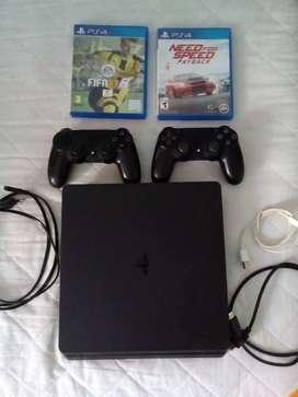 PS4 500gb  en muy buen estado, cuenta con 2 joysticks, 6 juegos digitales y 2 fisicos