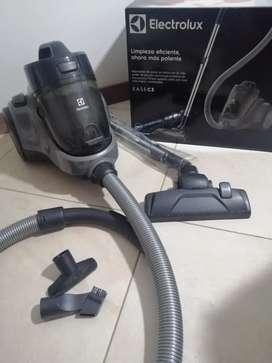 Aspiradora Electrolux EASEC3