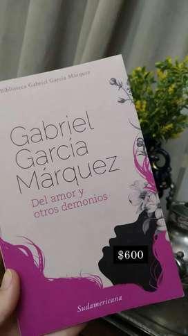 """""""DEL AMOR Y OTROS DEMONIOS"""" - Gabriel García Márquez"""