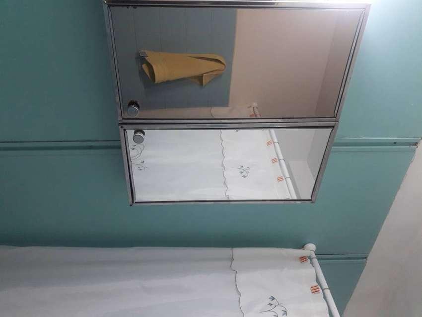 botiquin de acero inoxidable con puerta espejo 0