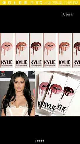 Kylie Jenner Labial Y Delineador Usa Original Belleza Maquillaje Salud Celular S7 iPhone