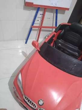 Carro eléctrico para niño