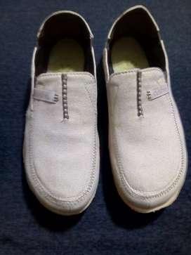 zapatos para hombre en exelente estado #41