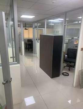 Rento oficina amoblada ciudad Colón