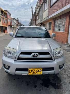 Vendo Toyota 4Runner blindaje 3 CON RESOLUCION