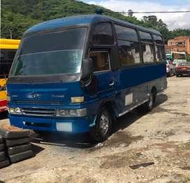 Microbus daihatsu super delta 2004