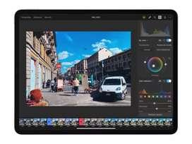 Se editan videos de todo tipo o imagenes se crean logos para empresas negocios etc.