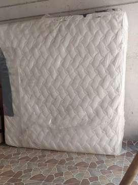 Se vende colchón 2x2