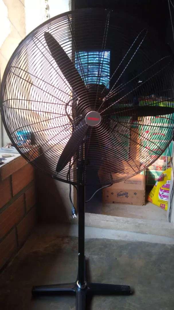 Vendo ventilador industrial 0