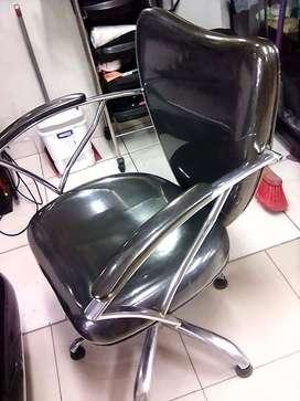 Se remata silla de peluquero