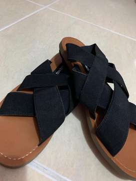 Sandalias Negras Importadas