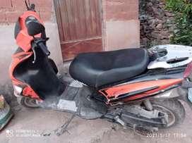 Se vende Moto sumo precio negociable