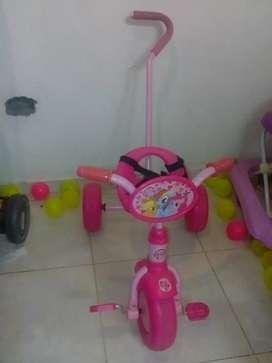 Triciclo como nuevo tiene todo