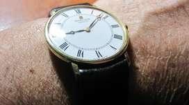 0 vendo cambio reloj ., plano ., SARCAR ., SUIZO ., de cuerda .,