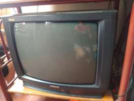 Se vende tv por chatarra