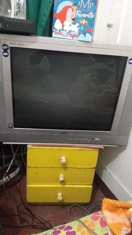 Televisor marca kenix
