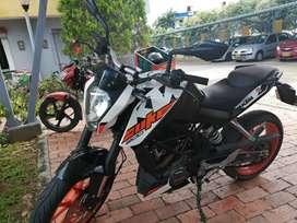 MOTO KTM DUKE 200 5.000 KMS MOD 2019