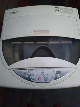 Vendo lavadora marca Haceb 18 libras