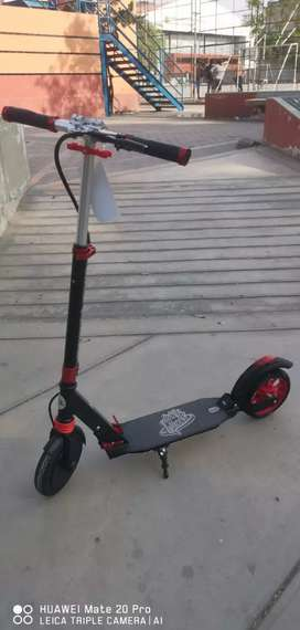 Scooter Eléctrico con tecnología europea para niños hasta 14 años