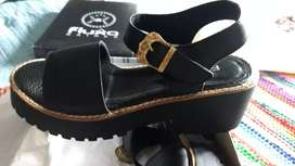 Vendo sandalias nuevas talle 38