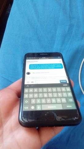 iphone 7 32 gb liberado sin icloud , vende el dueño directamente , esta en perfectas condiciones 2 meses de uso.