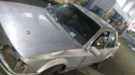 Deremate Ford Escort GLX(motor AUDI)