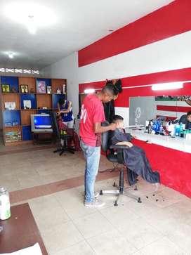 Se Busca Barbero Ciudad de Milagro