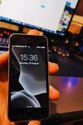 iPhone SE 128GB 10/10