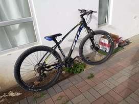 Vendo   bicleta   montañera