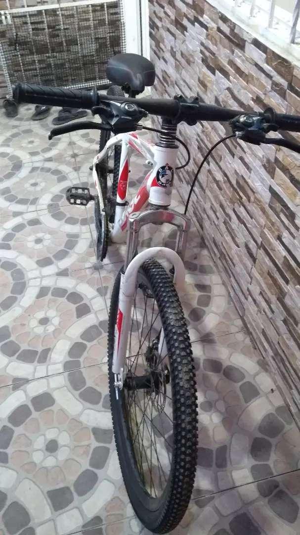 Vendo bicicleta MTB 750