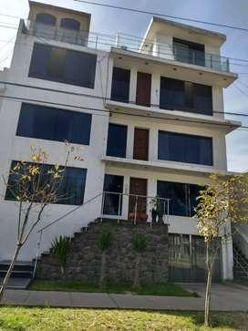 Vendo Moderno Edificio para clìnica de 4 pisos frente a parque$ 549,000 negociables