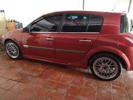 Se vende carro Renault Megan II , Modelo 2005. Placa Nacional.1250