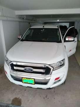 Vendo Ford  3.2 XLT