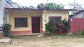 Venta de casa en el Condado cerca de calle pavimentada y de Av la Ferroviaria y de la escuela Rotari Club