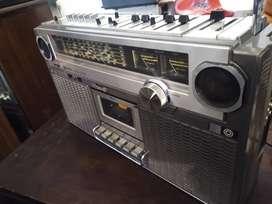 Radiograbador japonés JVC BIPHONIC ( a restaurar )
